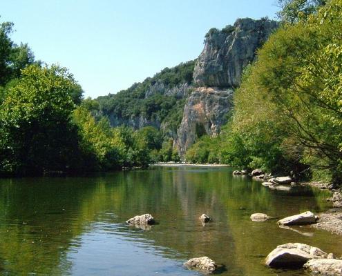 La cèze, rivière à Barjac